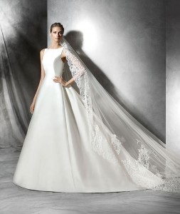 Phynley Wedding Dress - Pronovias
